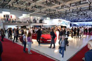 Mondial Auto 2018 stand Tesla